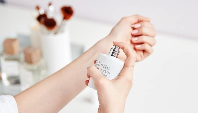 How to Make Your Perfume Last all Day with Fragrance Layering